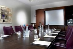 #Buckinghamshire - Crowne Plaza Marlow - https://www.venuedirectory.com/venue/4066/crowne-plaza-marlow  The stunning lakeside location of this Buckinghamshire hotel makes it an ideally placed conference #venue and destination. The venue offers an amazing capacity of 450 #delegates within 8 #meeting rooms.