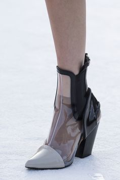 A closer look at the shoes from the Louis Vuitton Cruise 2018 Fashion Show by Nicolas Ghesquière, presented at the Miho Museum near Kyoto, Japan