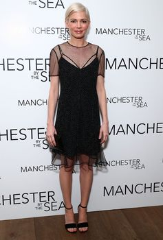 Michelle Williams wearing Louis Vuitton Spring-Summer 2017 by Nicolas Ghesquière to the premiere of Manchester by the Sea.
