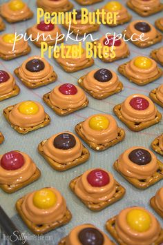 Peanut Butter Pumpkin Spice Pretzel Bites, classic pretzel bites with fun fall flavors! So, obviously pumpkin spice everything is everywhere. I knew I wanted to make a dessert to share with you all that was super easy yet had the flavors everyone goes nuts over at this time of year! These super cute peanut butter …