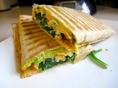 amazing egg white wraps with spinach #healthymeals #healthytoddlermeals