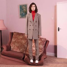 Suits you to a T! Tailoring for the modern woman comes in new masculine-inspired cuts, with a Stella twist on heritage patterns.  Pre-order the first arrivals from the new collection at #StellaMcCartney.com
