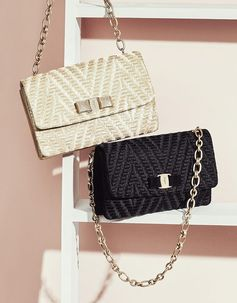A bag that works just as well during the day as it does during the evening? Yes, it does exist. Presenting spring's quilted chevron chain bag with Vara bow closure. bit.ly/FerragamoClutchesSS17