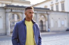Lewis Hamilton makes dressing down a high style affair with a pop of colour