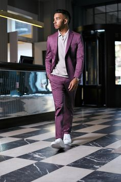 Lewis Hamilton makes a statement in new BOSS tailoring in Milan
