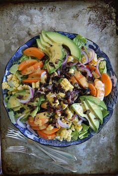 Summer Salad with Apricot Poppyseed Dressing and Bacon Crumbles - Have salad for dinner with this colorful summer salad!