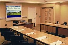 #Wiltshire - Best Western Plus Blunsdon House Hotel - https://www.venuedirectory.com/venue/1093/best-western-plus-blunsdon-house-hotel   Excellent #meeting #facilities can cater for up to 300 #delegates, ideal for exhibitions, residential training courses, day meetings and spacious grounds for team building. New #conference centre offers a self-contained environment with designated break out area. Additional facilities include a permanent stage and direct vehicular access