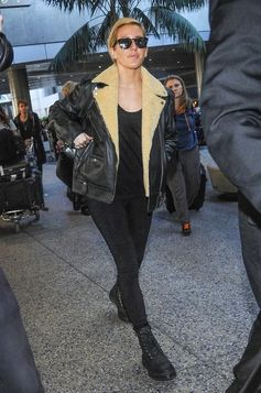 Ellie Goulding touches down at LAX.