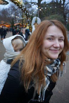 Strolling through Hyde Park Winter Wonderland | Wave to Mummy
