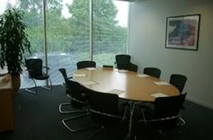 #Wiltshire - Regus Swindon Windmill Hill Business Park - https://www.venuedirectory.com/venue/21563/regus-swindon-windmill-hill-business-park  This fantastic business park #venue has 10 #meeting rooms for #conferences, #events and #training-days, with a maximum capacity of 100 #delegates.