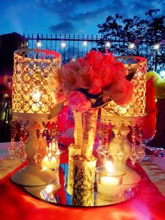 #tablescape #tablecenterpiece #lampsandcandles #60thbirthday #redmotif by: mishees
