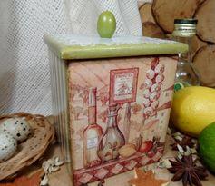 "Декупаж - Сайт любителей декупажа - DCPG.RU   Короб ""Оливка"" Click on photo to see more! Нажмите на фото чтобы увидеть больше! decoupage art craft handmade home decor DIY do it yourself olive box lace acrylic paints varnish"