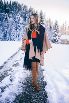 Cape and Poncho Outfit Ideas | Black and Tan