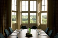 #Buckinghamshire - De Vere Venues Latimer Place - https://www.venuedirectory.com/venue/439/de-vere-venues-latimer-place  With three self contained buildings in one setting, 197 bedrooms, 46 #meeting rooms, and the capacity to host 250 #delegates in the largest #conference suite and 500 across the site. With leisure facilities and a number of outdoor areas for team building events this #venue offers the ultimate flexibility and exclusive use options.