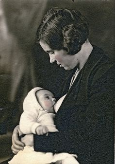 1920s | Community Post: 25 Historical Images That Normalize Breastfeeding