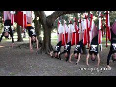 Yoga Aérien: Exercice d'AeroYoga® en Groupe: La Sirène Aérienne | Yoga Aerien by AeroYoga®Yoga Aérien México AeroYoga Yoga dans L'Air Rafael Martinez,   #Fitness #rafaelmartinez #teacherstraining #gym #INVERSIONS #AERIALYOGA #Aerial #aerien #luft #yogaacrobatico #acro #ACROBATIC #acrobatique #pilatesaereo #Pilates #formacion #fly #volar #yogaaerien