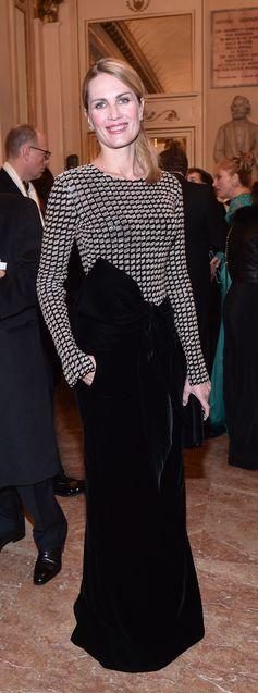 For the opening night of Milan's Teatro Alla Scala, Isabella Borromeo wore a Giorgio Armani Prive' outfit. #ArmaniStars