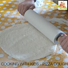 Homemade pizza dough recipe perfect for cooking with kids. Pizza is a great way to introduce new foods for picky eaters as it is so familiar. This pizza base recipe is simple and delicious