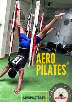 PILATES ET YOGA AERIEN Dans L'AIR DanS UN HAMAC yoga #yoga #pilates #aerialyoga #aeroyoga #aeropilates #acro #gravity #gravedad #suspension #silks #anti #age #wellness #bienestar #aero #fitness #ejercicio #tendencias  #teachertraining