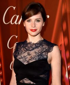 Felicity Jones Reinvents the Red Lip