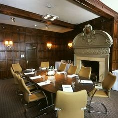 #Gloucester - Hatherley Manor - https://www.venuedirectory.com/venue/3314/hatherley-manor  The Hatherley suite, one of the largest in the area, is capable of seating up to 400 #delegates for a presentation or sales #conference and even has its own entrance, toilets, bar, lounge and car park. The Mulberry and Moat suites each seat up to 150 theatre style, and we have five smaller #training/syndicate rooms.