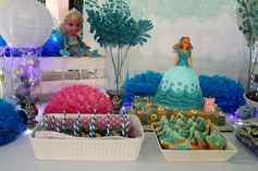 Frozen themed dessert station #frozen #events #eventstyling by: mishees
