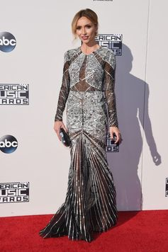 All the Looks from the 2015 American Music Awards | Giuliana Rancic