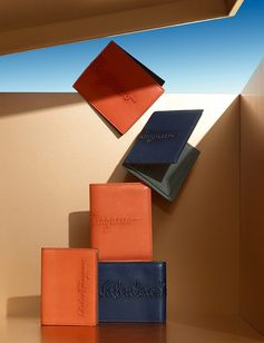 From embossed bifold wallets to handsome ties for every day of the week to cuff links big on personality, Ferragamo gifts for the most discerning man in your life. holiday.ferragamo.com/