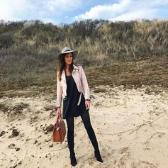Iris Mittenaere ready to enjoy the weekend with her Tod's Sella Bag. #TodsSellaBag