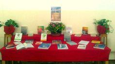 """Mesa temática en la BIBLIOTECA DE LA ETS DE INGENIERÍA AGRÁRIA (http://www.bbtk.ull.es/view/institucional/bbtk/Ingenieria_Agraria/es) con motivo de la mesa redonda """"El futuro energético de Canarias"""" (24/10/2014)"""