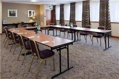 #Luton - Holiday Inn Luton South M1 J9 - https://www.venuedirectory.com/venue/4546/holiday-inn-luton-south-m1-j9  This conveniently located hotel offers meeting, #training, #team-building and #conference space for up to 200 #delegates within 5 function rooms.