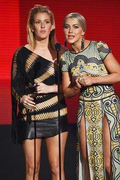 Ellie Goulding and Julianne Hough host the 2015 American Music Awards.