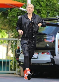 Singer and busy mom Gwen Stefani is spotted at a studio on November 24, 2015 in Burbank, California. Missing from the outing was Gwen's new boyfriend Blake Shelton who she started dating after appearing together on 'The Voice.'