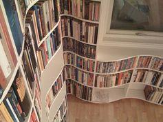 Curving book shelves... interesting