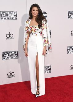All the Looks from the 2015 American Music Awards | Nina Dobrev