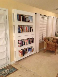24 Awesome Uses For Old Pallets - Bookshelve for reading nook?