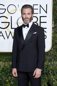 Presenter Chris Pine, the face of Armani Code, wore a Giorgio Armani Made to Measure tuxedo at the 74th Annual Golden Globe Awards. #ArmaniStars