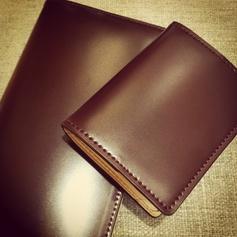 デキる男の必需品!スマートな革の財布の選び方