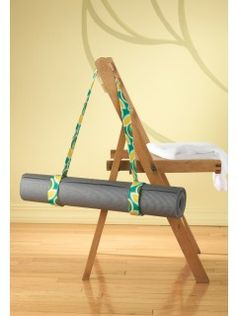 This yoga mat carrier is a great idea to make with a matching yoga strap for stretching.