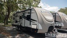 Experience extreme luxury in the 2016 #Keystone #RV Laredo TT!