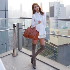Urban chic attitude for Elva Ni and her Tod's Sella Bag #TodsSellaBag #TodsFavorites