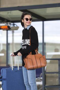 Always in style: beautiful Linda Li Jing wearing her #TodsSellaBag
