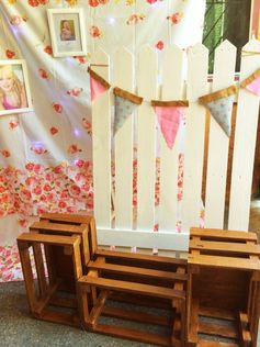 #bunting #fence #crates #DIY by: #mishees
