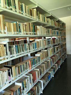 LEGADOS, en la Planta 1ª de la Biblioteca General y de Humanidades. Campus de Guajara. Universidad de La Laguna.