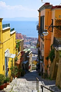 Le scale del Petraio #Naples #Italy ♥  www.silviamordini.com  www.alchemytours.com