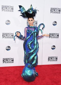 All the Looks from the 2015 American Music Awards | Z-Lala