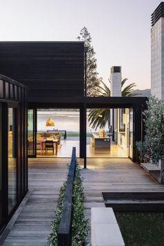 Bailey Beach House by Studio2 Architects
