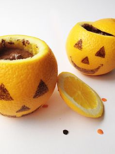 Cuisinez des oranges d'Halloween à la mousse au chocolat pour un goûter terrifiant !