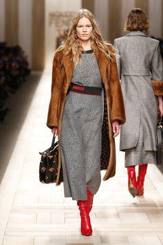 Fendi Fall/Winter 2017-18 Fashion Show