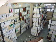 BIBLIOTECA DE FARMACIA, en el Campus de Anchieta. Un depósito muy bien organizado. Síguenos en la web y en nuestro blog: http://www.bbtk.ull.es/view/institucional/bbtk/Farmacia/es http://bibliotecadefarmaciaull.blogspot.com.es/ #bbtkfarm